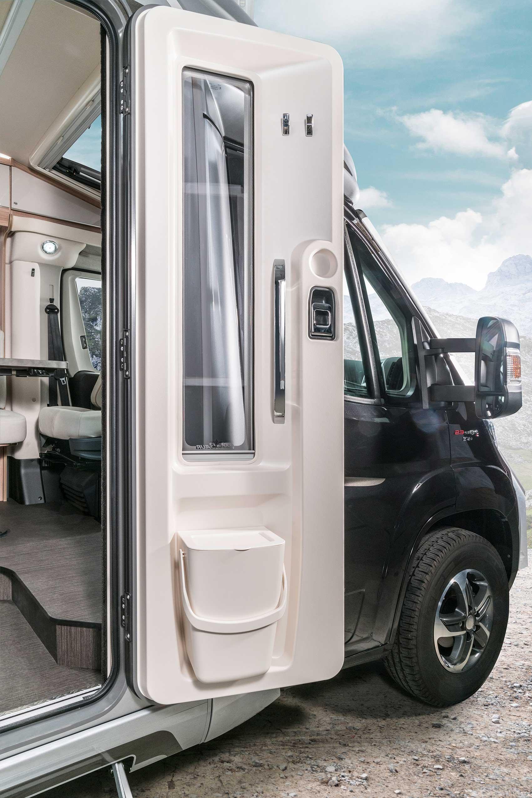 Van Drogen Campers Caravans Hymer Exsis T