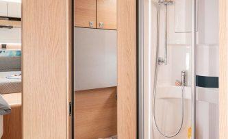 Hoogte Sierstrip Badkamer : Van drogen campers & caravans hymermobil b klasse moderncomfort i